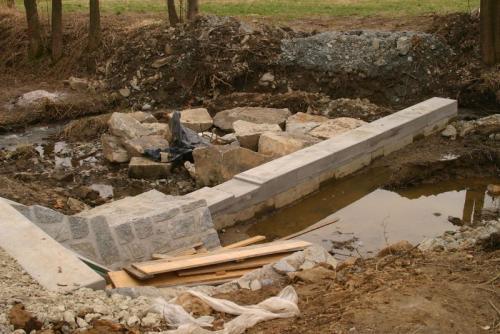 revitalizace rybníku v Hradišťanech 2009 - 2010